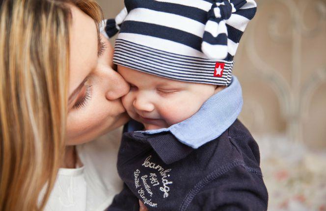 Cuánto cobra una autónoma de baja por maternidad